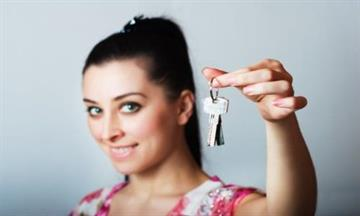 Tips to getting a mortgage when you're single